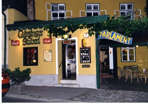 Parlament der Weinrepublik Grinzing